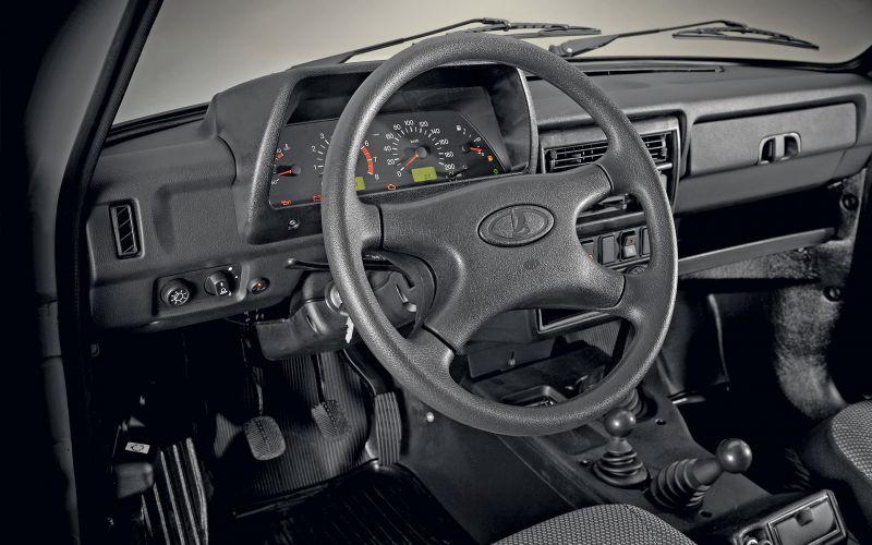 Обзор LADA 4x4 5 дв.: фотографии интерьера и экстерьера авто