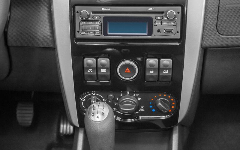 Обзор LADA Largus универсал: фотографии интерьера и экстерьера авто