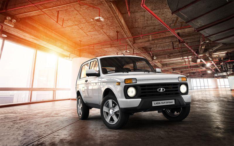 Обзор LADA 4x4 Urban 3 дв.: фотографии интерьера и экстерьера авто