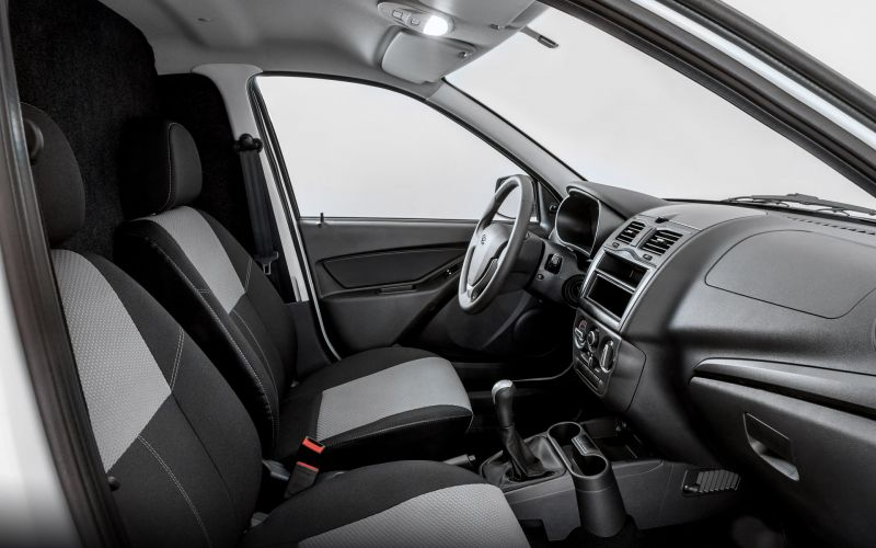 Обзор LADA Granta фургон: фотографии интерьера и экстерьера авто