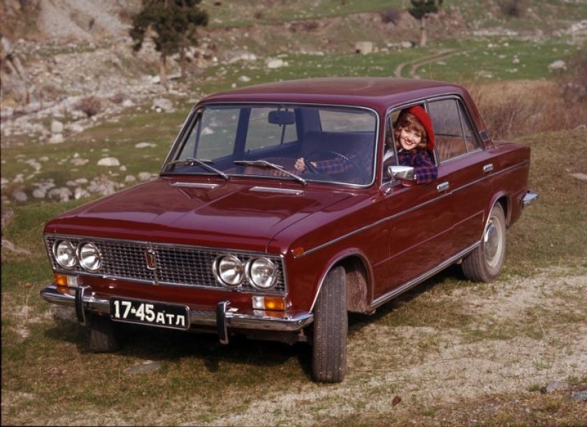 Классической ВАЗ-2103 исполняется 45 лет