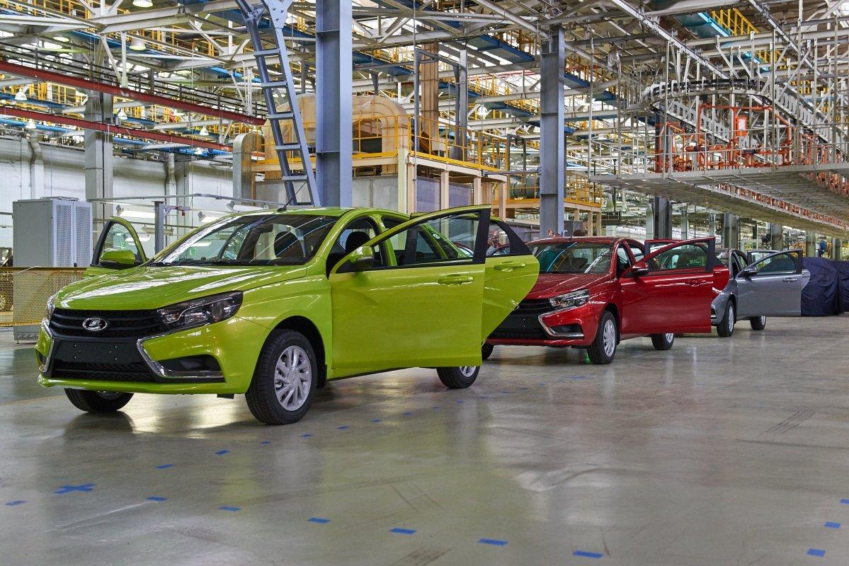 АВТОВАЗ в мае реализовал на российском рынке 38284 автомобиля LADA – это в 2,5 раза больше, чем годом ранее