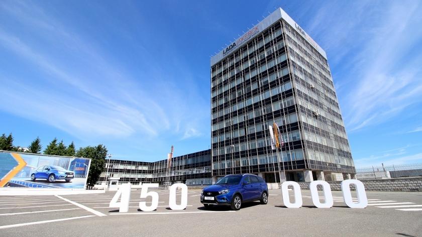 LADA Vesta: выпущено 450 000 автомобилей