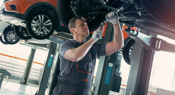 Регулировка света фар и ручника, проверка углов установки колес от 600 рублей